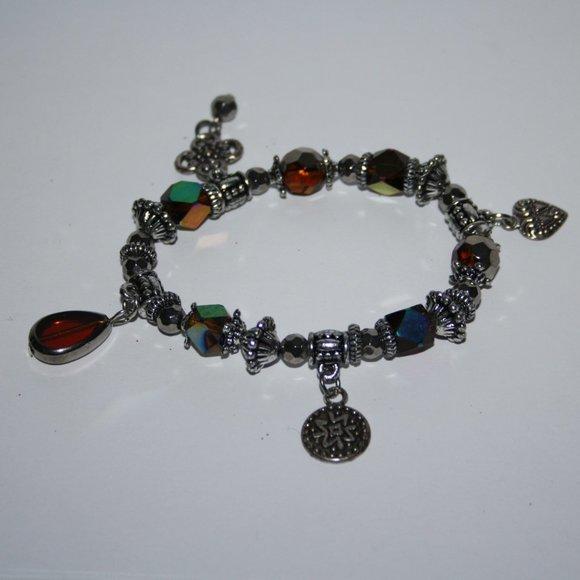 "Beautiful silver charm bracelet 7"""